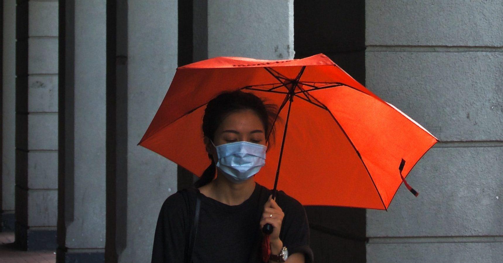 勞動部:因應「武漢肺炎」防疫措施,勞工提出請假申請時,雇主不得拒絕